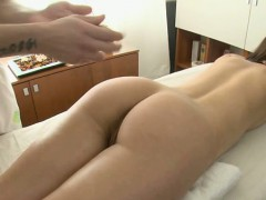 Arousing a wicked asian pussy